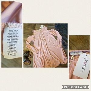 Cold shoulder, long sleeve zip dress